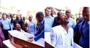 Pastor Afrika Selatan Mengaku Bisa Membangkitkan Orang Mati