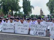 Ribuan Santri Demo Fadli Zon, Tuntut Agar Minta Maaf