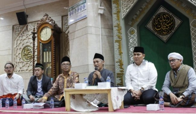 KH Abdullah Kafabihi Mahrus Ali
